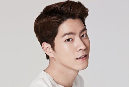 Hong Jong Hyun Reveals That He Understands Why EXO's Baekhyun Is So Popular