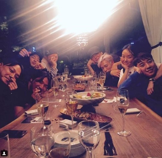 BIGBANG Gathers At Yang Hyun Suk's House For A Chill Dinner Party