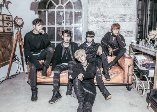 "KNK Tops US iTunes K-Pop Album Chart With ""Remain"""