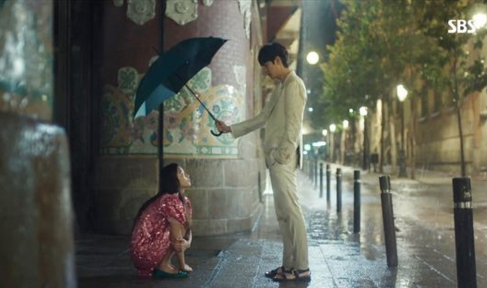 """Here Is The Most-Watched Scene Of """"The Legend Of The Blue Sea"""" Episode 1"""