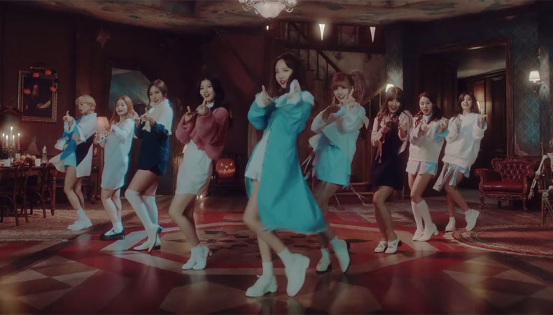 "TWICE Reigns With ""TT""; Soompi's K-Pop Music Chart 2016, November Week 4"