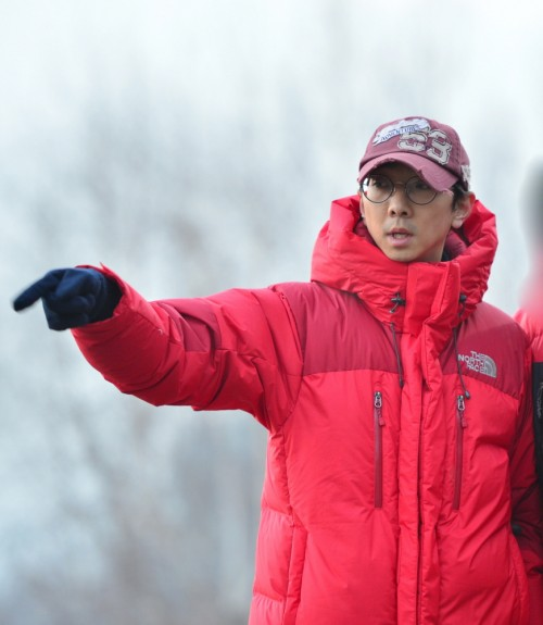 """Former """"2 Days & 1 Night"""" PD Yoo Ho Jin To Transfer To New Company"""