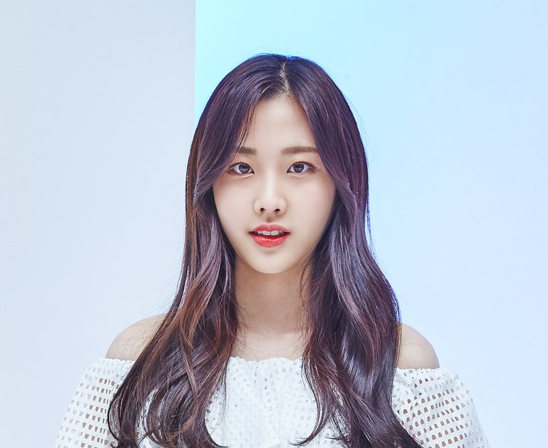 MOMOLAND's Nayun Taken To Hospital For Abdominal Pain