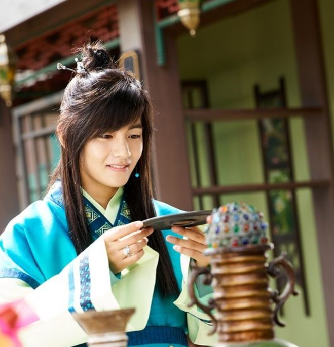 """""""Hwarang"""" Reveals New Photos And Details For BTS's V And Jo Yoon Woo"""