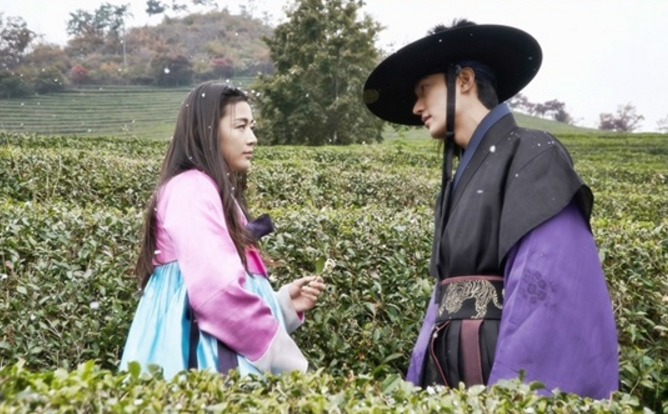 Lee Min Ho Jun Ji Hyun 2