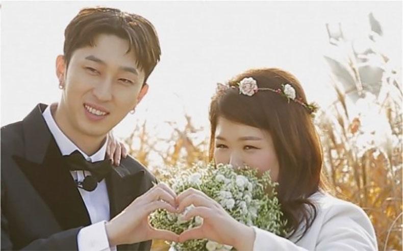 Sleepy And Lee Guk Joo Reenact Won Bin And Lee Na Young's Iconic Outdoor Wedding