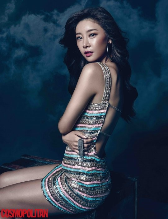 "Girl's Day's Sojin Shoots ""Aladdin""-Themed Pictorial For Cosmopolitan Magazine"