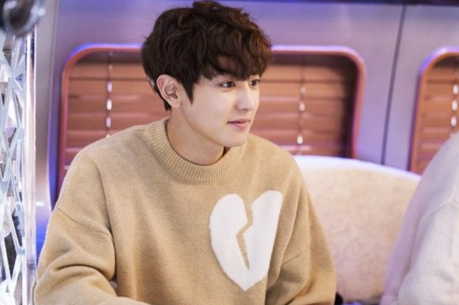 "EXO's Chanyeol Dishes On His Experience Acting In ""Missing 9"""