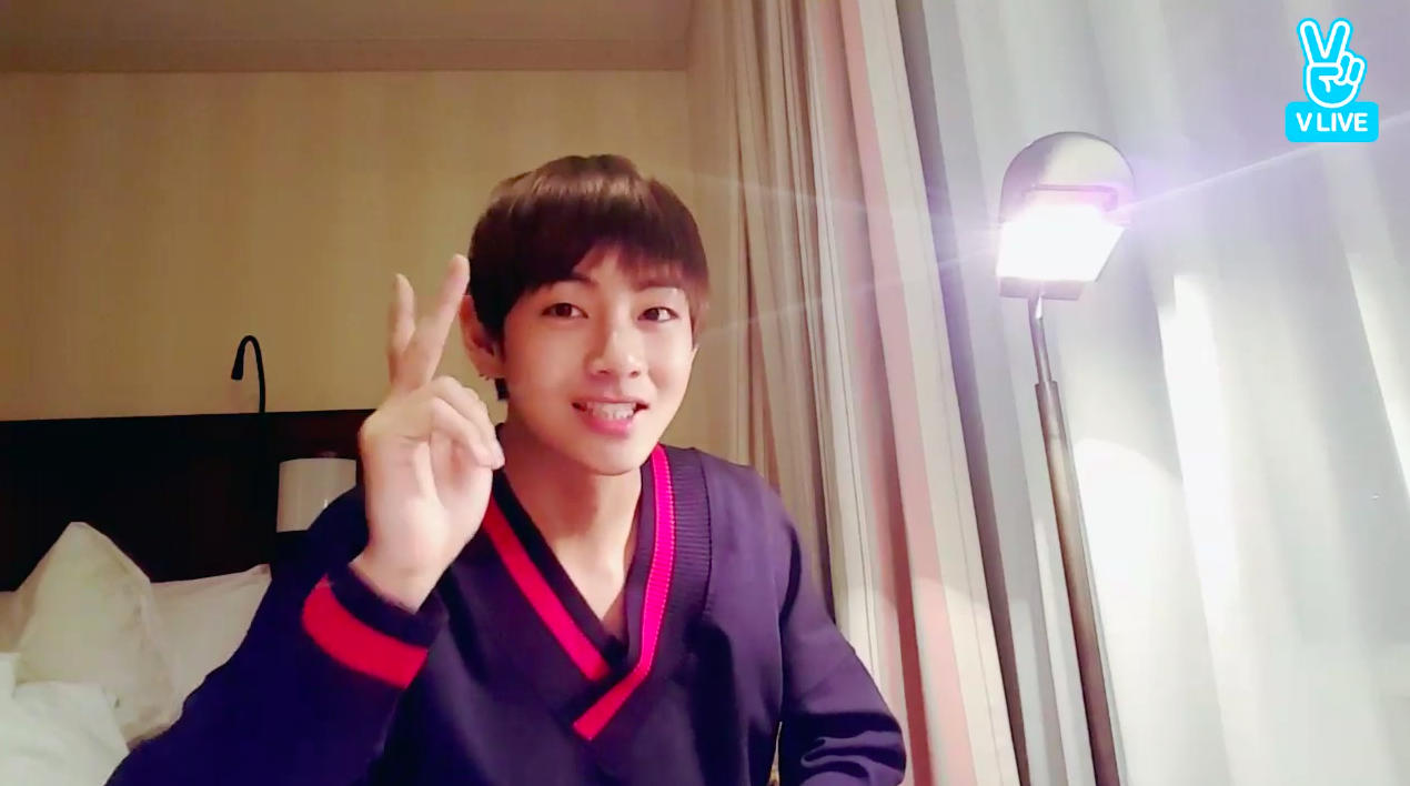BTS's V Shares His (Hilarious) Tips For Avoiding Weight Gain And Explains Why Suga's On A Diet