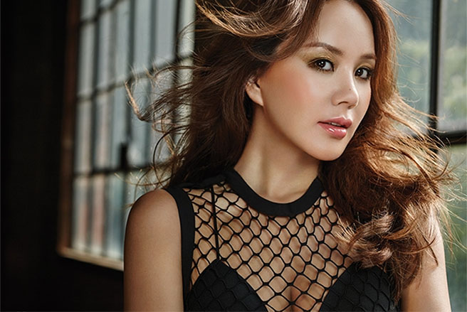 Uhm Jung Hwa To Return With Comeback Album, To Include B-Side Track Featuring Lee Hyori