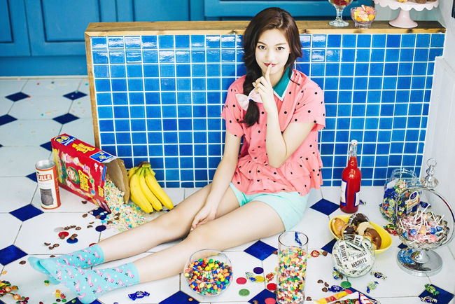 "I.O.I's Kim Doyeon Makes Vogue's ""8 Teen Style Stars Set To Rule 2017"""