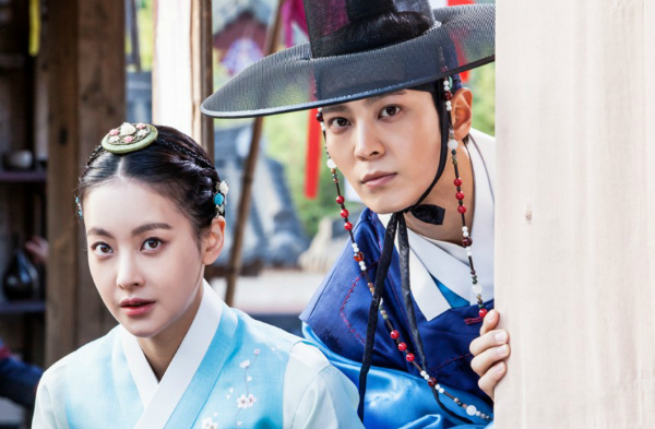 "Joo Won Talks About ""My Sassy Girl"" The Drama Versus The Original Movie"