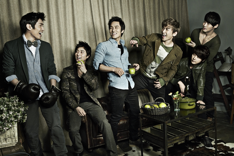 "Shinhwa To Appear On ""Weekly Idol"" For The First Time"