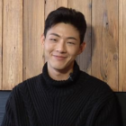 "Ji Soo Talks ""Page Turner,"" Park Bo Young, And Best Bud Byun Yo Han"