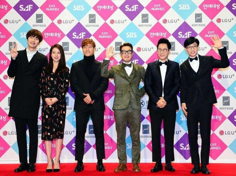 """""""Running Man"""" Explains Lack Of Prizes From The 2016 SBS Entertainment Awards"""