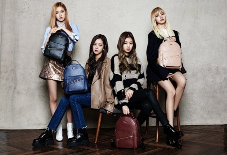 Blackpink Looks Flawless In Vintage Chic Outfits For St