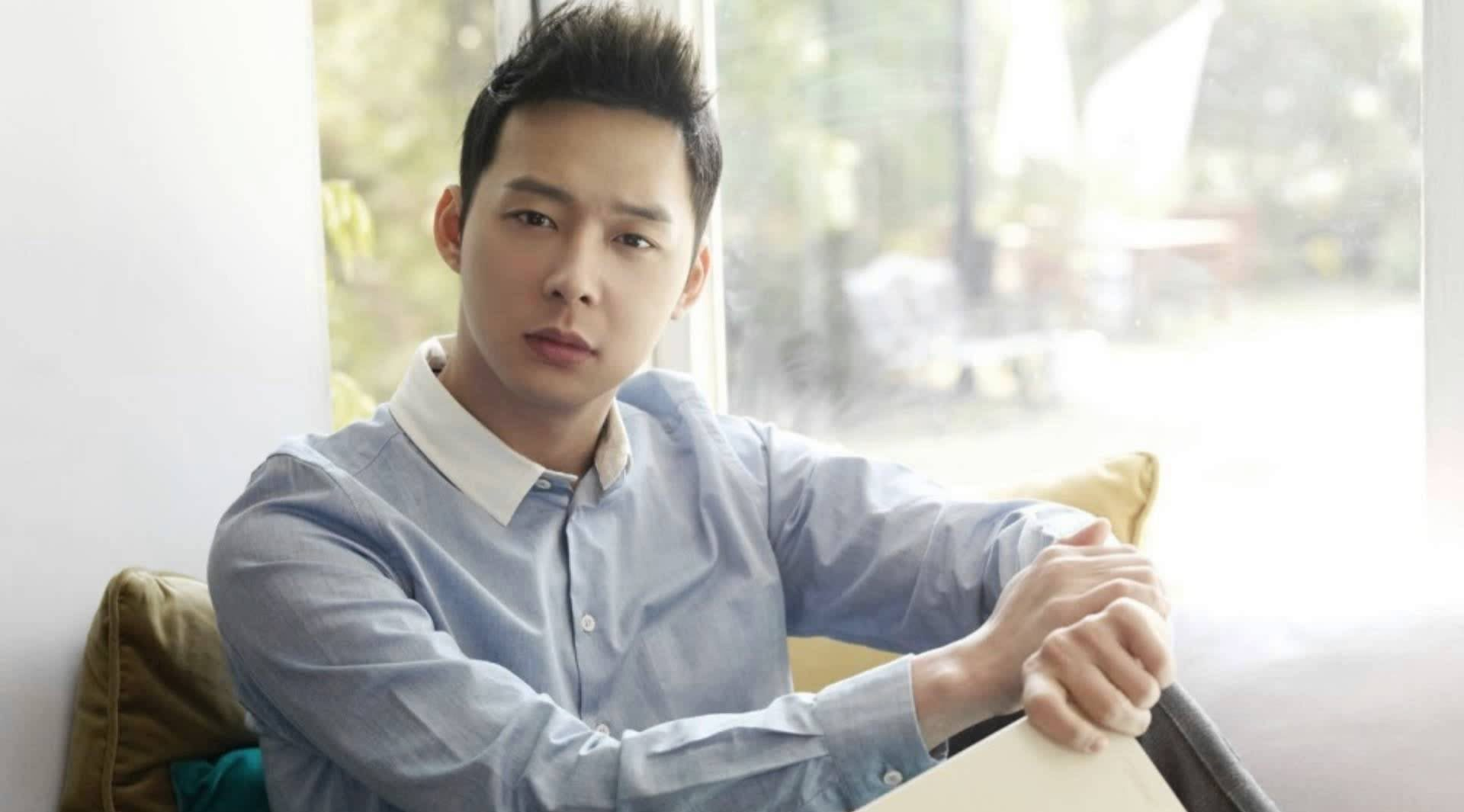 Park Yoochuns Side Denies Rumors Of Breaking Off Engagement
