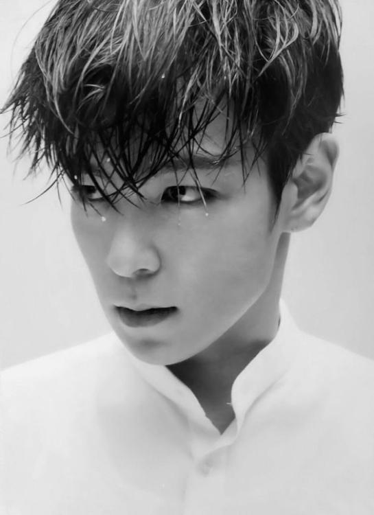 BIGBANG'S T.O.P Bids Fans Goodbye Before Nearing Enlistment