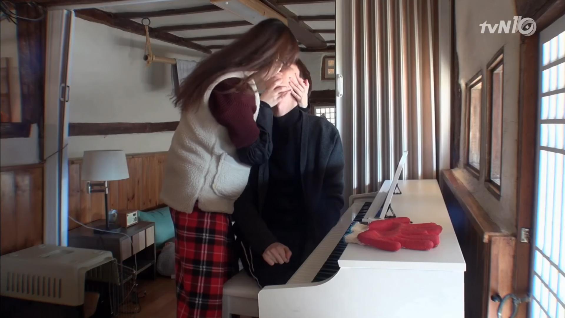Watch: Take A Glimpse Into Ahn Jae Hyun And Ku Hye Sun's Newlywed Life