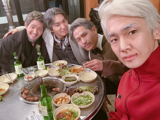 SHINee And INFINITE Get A Taste Of Their Future Selves