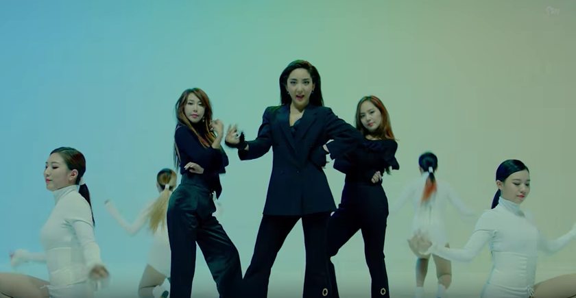 Watch: S.E.S Takes Things Back...