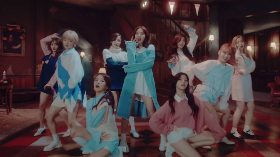 "TWICE's ""TT"" Becomes The Most-Viewed K-Pop Girl Group Music Video On YouTube"
