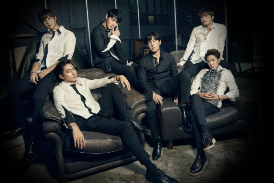 Shinhwa Talks About How They Feel Seeing Their Longtime Fans Now