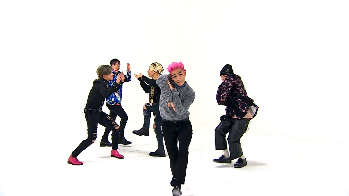 """BIGBANG Brings The Laughs In Teasers For Upcoming """"Weekly Idol"""" Appearance"""