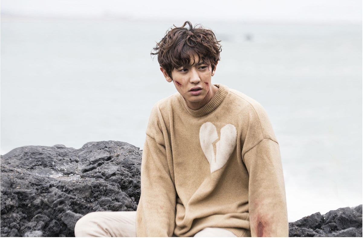 "EXO's Chanyeol Is An Idol In Distress In Latest Stills For ""Missing 9"""