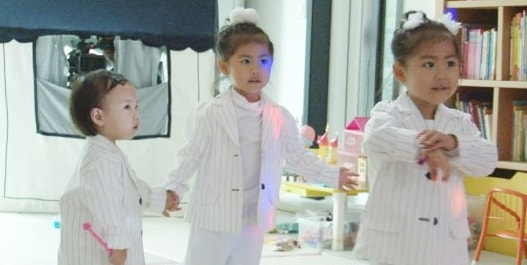 "Daughters Of S.E.S Adorably Transform Into ""Mini S.E.S"" On Upcoming ""The Return Of Superman"" Episode"