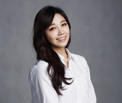 "Apink's Jung Eun Ji To MC For ""2017 Idol Star Athletics Championships"""
