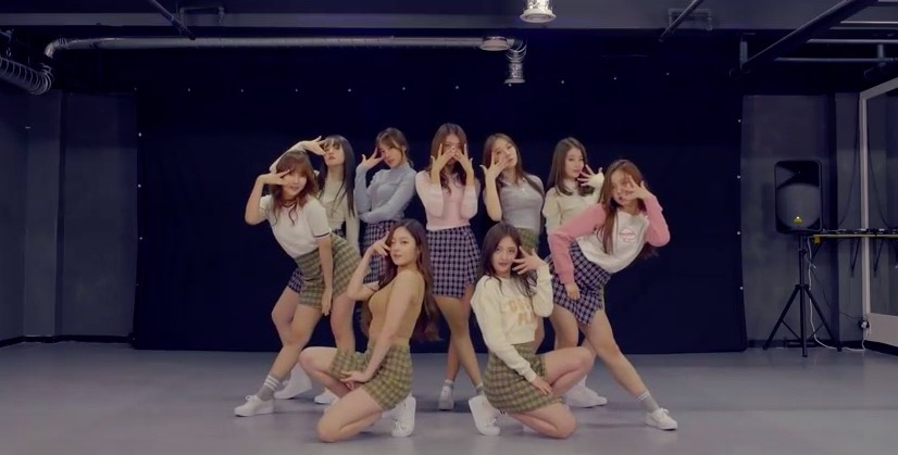 "Watch: Pristin (Formerly Pledis Girlz) Releases f(x)'s ""Rum Pum Pum Pum"" Cover As 3rd Debut Project"