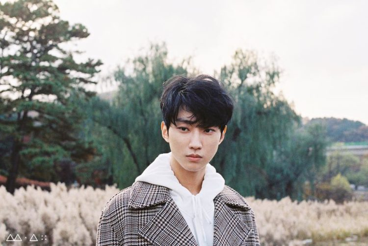 "B1A4's Jinyoung Is Waiting For A ""Good Timing"" To Star In A Romantic Comedy"