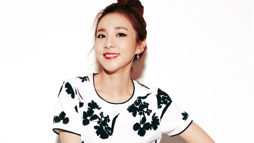 Sandara Park Reveals Her Surprising New Celebrity Friendships And YG Artists' True Personalities