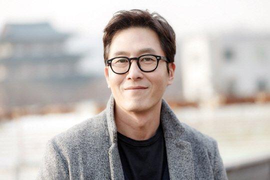 "Kim Joo Hyuk Says ""2 Days & 1 Night"" Changed Him For The Better"