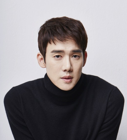 "Yoo Yeon Seok Says ""Romantic Doctor Kim"" Became Another Turning Point In His Life After ""Reply 1994"""