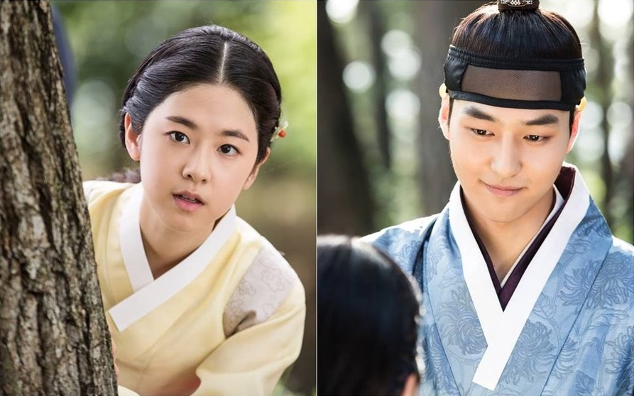 "Saimdang and Lee Gyeom Fall In Love In ""Saimdang, Light's Diary"" Stills"