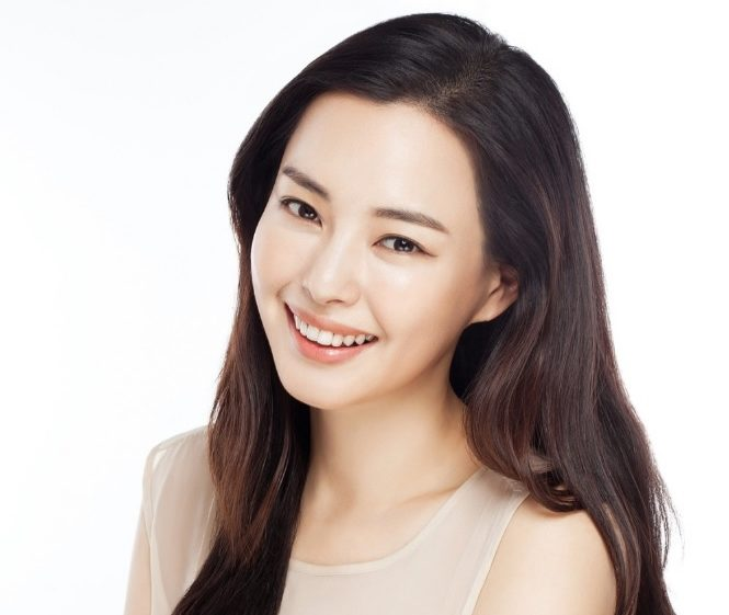 Honey Lee Clarifies She Did Not Catch Bouquet At Rain And Kim Tae Hee's Wedding