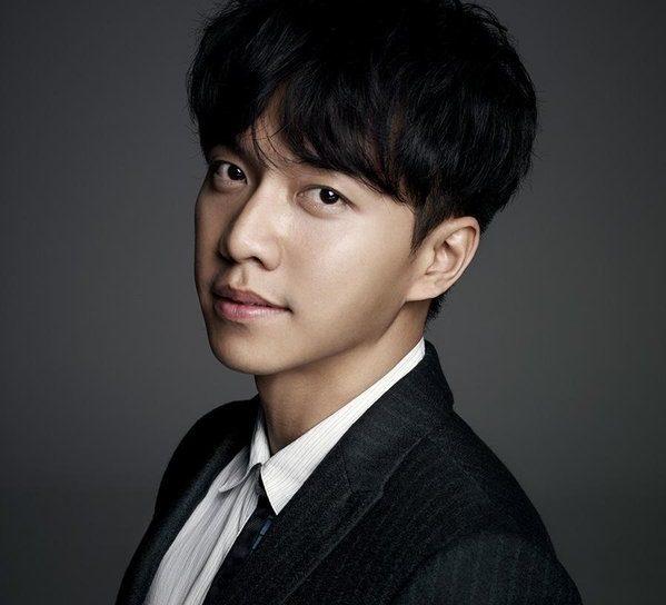 Lee Seung-gi  - 2018 Dark brown hair & alternative hair style.
