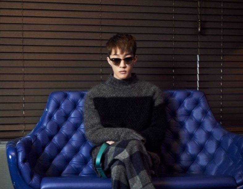 "Zion.T Talks About Beating ""Goblin"" On Music Charts"