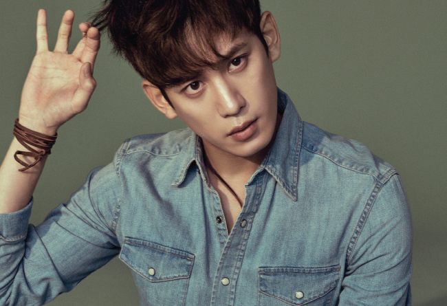 """Actor Park Ki Woong Confirmed To Join Cast Of """"Cheese In The Trap"""" Film"""