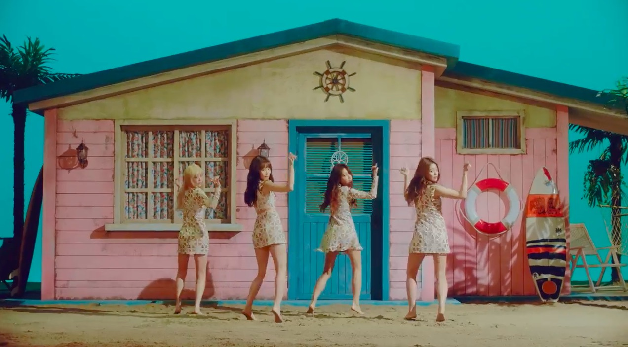 """Watch: Melody Day Releases Beachy Teaser Video For """"Kiss On The Lips"""" MV"""