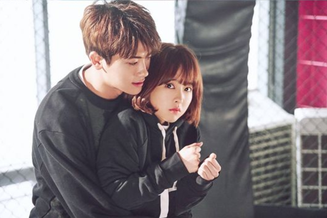 """Park Hyung Sik Surprises Park Bo Young With Adorable Back Hug In Stills For """"Strong Woman Do Bong Soon"""""""