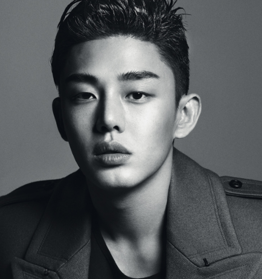 Yoo Ah In's Agency Clarifies Reports About His Diagnosis