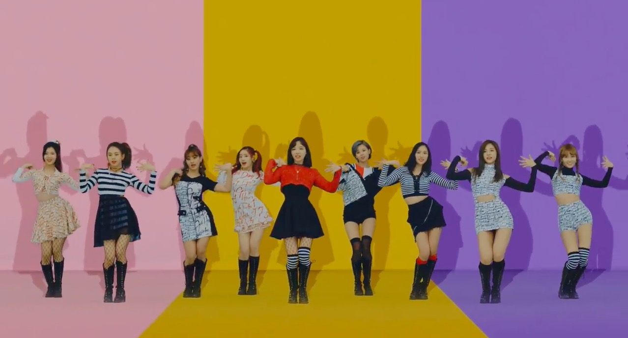 "TWICE Grabs All-Kill With ""Knock Knock"""