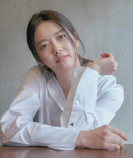 Go Ara Talks About Dating, Writer Kim Eun Sook, And More In Recent Interview