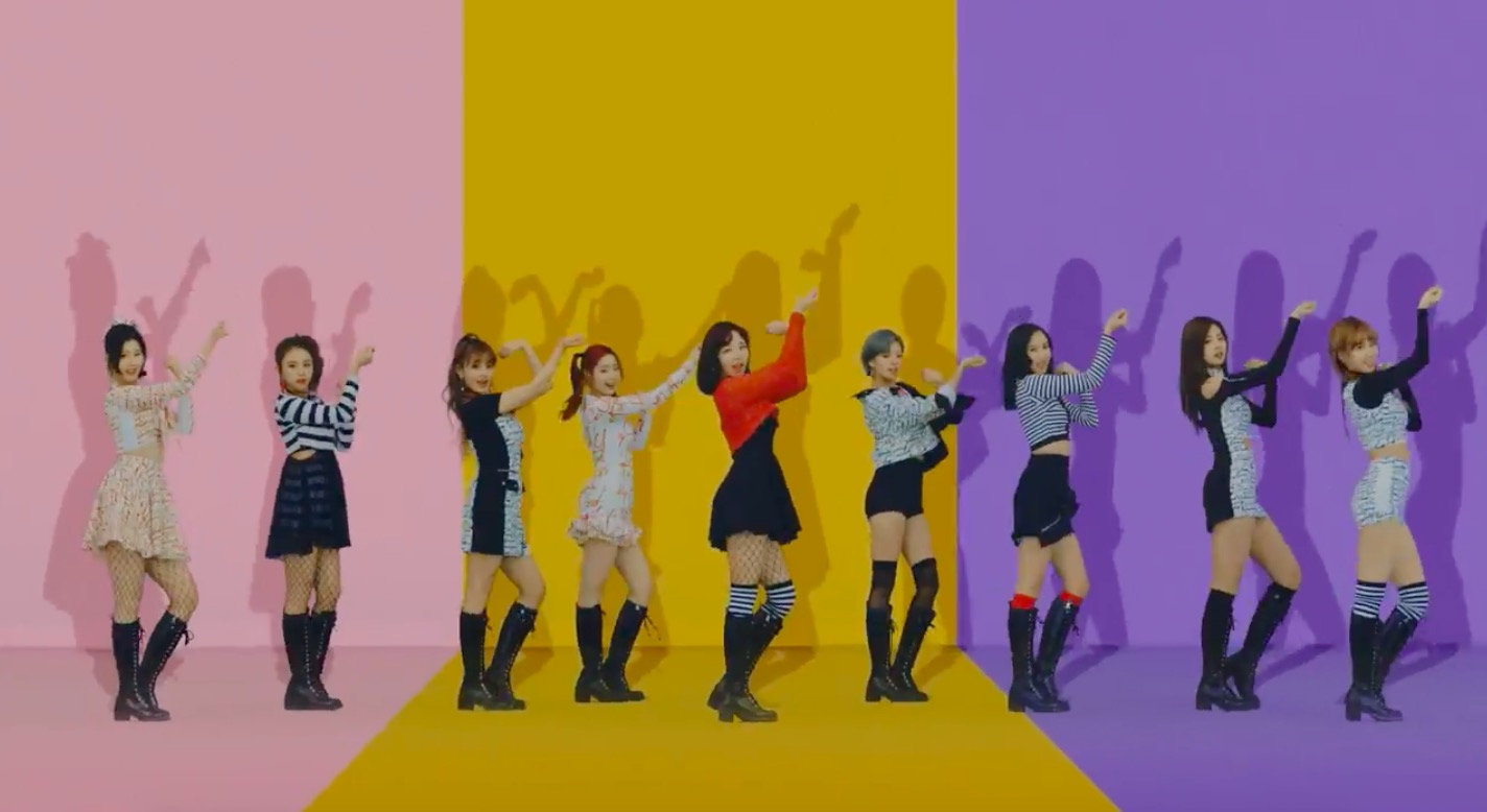 "TWICE Achieves Perfect All-Kill With ""Knock Knock"""