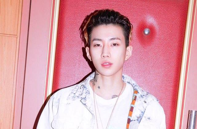 Jay Park Thanks Fans After Receiving Best Artist Of The Year At Korean Hip-Hop Awards 2017