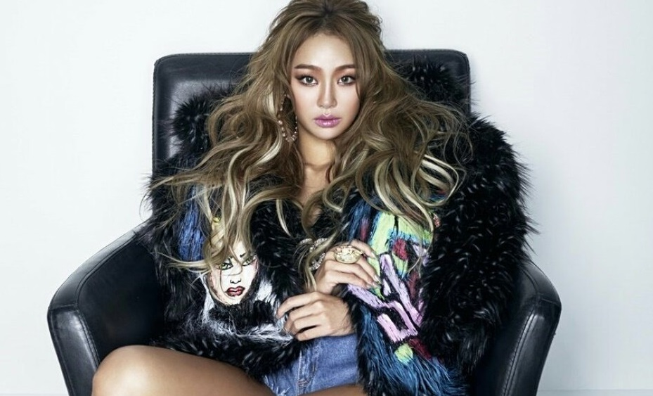 """Watch: Hyorin Opens YouTube Channel And Shares Cover Of Heize's """"Don't Know You"""""""