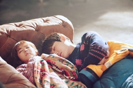 """Park Bo Young And Park Hyung Sik Snuggle Up In Latest Stills For """"Strong Woman Do Bong Soon"""""""